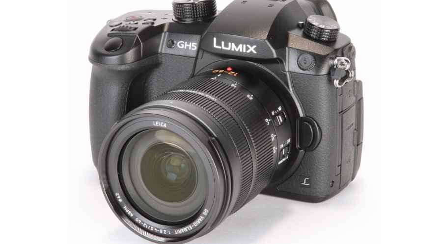 Panasonic GH5 + Carte 128GB